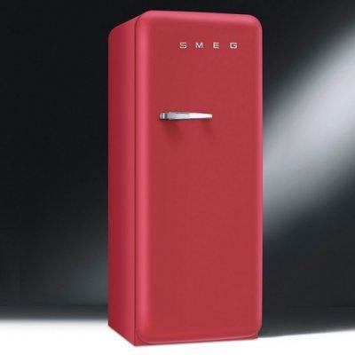Smeg FAB28RRV1 retro jaren 50 koelkast in Red Velvet