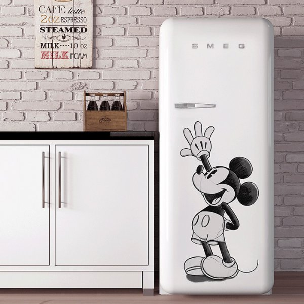 Unieke Smeg FAB28RDMM4 Mickey Mouse - limited Edition